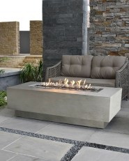 Marvelous Outdoor Fire Pit Ideas To Enjoying This Summer 40