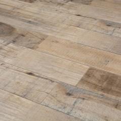Stunning Wood Floor Ideas To Beautify Your Kitchen Room 42