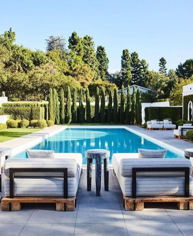 The Best Swimming Pool Design Ideas For Summer Time 31