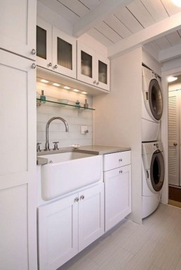 Wonderful Laundry Room Decorating Ideas For Small Space 18