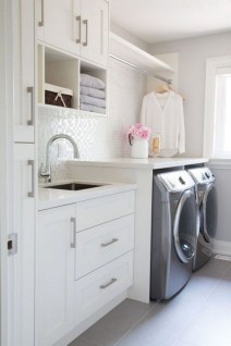 Wonderful Laundry Room Decorating Ideas For Small Space 19