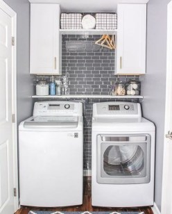 Wonderful Laundry Room Decorating Ideas For Small Space 39
