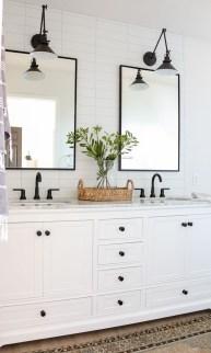 Amazing Bathroom Decor Ideas With Farmhouse Style 14