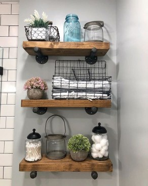 Amazing Bathroom Decor Ideas With Farmhouse Style 45