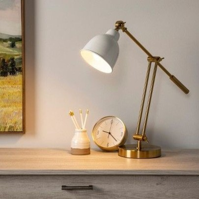 Awesome Table Lamp Ideas To Brighten Up Your Work Space 08