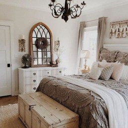 Gorgeous Farmhouse Bedroom Remodel Ideas On A Budget 31