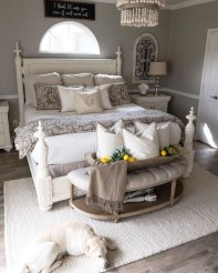 Gorgeous Farmhouse Bedroom Remodel Ideas On A Budget 48