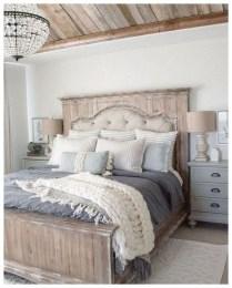 Modern Rustic Master Bedroom Design Ideas 03