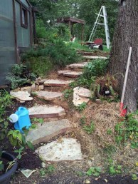 Newest Stepping Stone Pathway Ideas For Your Garden 41