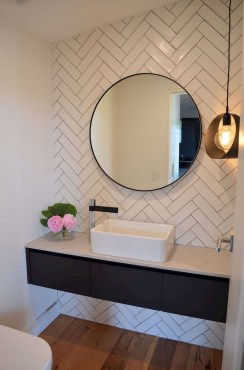 Outstanding Bathroom Mirror Design Ideas For Any Bathroom Model 33