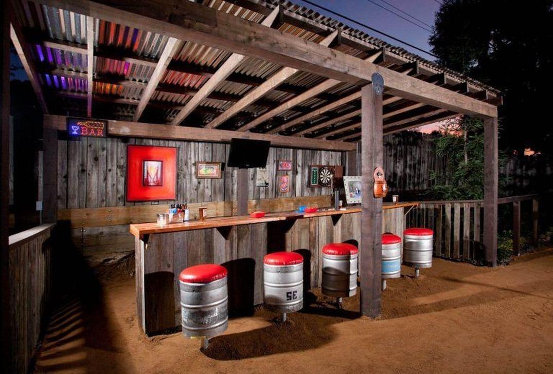 Unusual DIY Outdoor Bar Ideas On A Budget 46