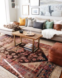 Adorable Colorful Pillow Ideas For Cozy Living Room 12