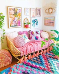Adorable Colorful Pillow Ideas For Cozy Living Room 18