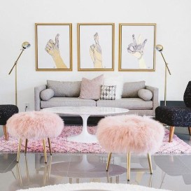 Adorable Colorful Pillow Ideas For Cozy Living Room 39