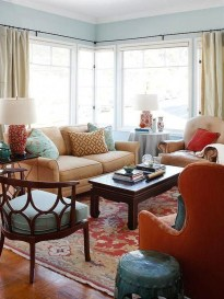 Adorable Colorful Pillow Ideas For Cozy Living Room 40