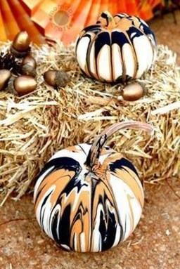 Cool DIY Halloween Decoration Ideas For Limited Budget 08