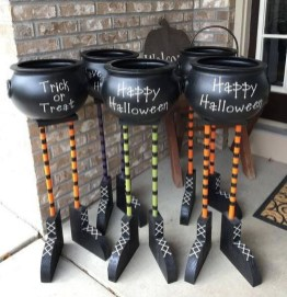 Cool DIY Halloween Decoration Ideas For Limited Budget 13