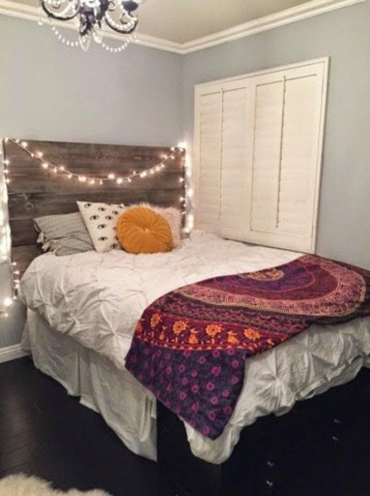 Creative DIY Bedroom Headboard To Make It More Comfortable 32