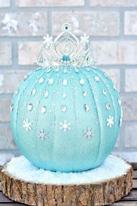 Cute Halloween Pumpkin Decoration Ideas For More Fun 15