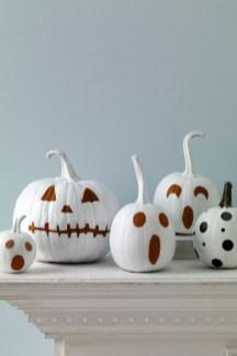 Cute Halloween Pumpkin Decoration Ideas For More Fun 20
