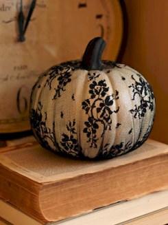 Cute Halloween Pumpkin Decoration Ideas For More Fun 37