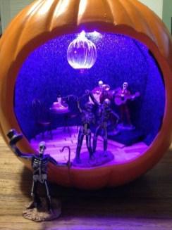 Cute Halloween Pumpkin Decoration Ideas For More Fun 38
