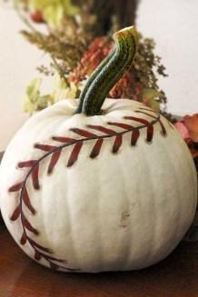 Cute Halloween Pumpkin Decoration Ideas For More Fun 39