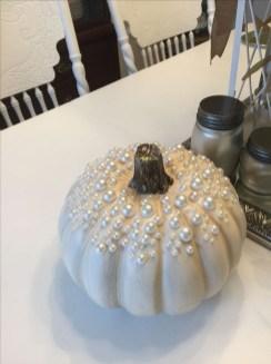 Cute Halloween Pumpkin Decoration Ideas For More Fun 41