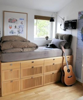 Fabulous DIY Small Bedroom Decoration Ideas On A Budget 33