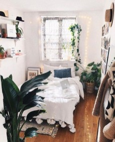 Fabulous DIY Small Bedroom Decoration Ideas On A Budget 38