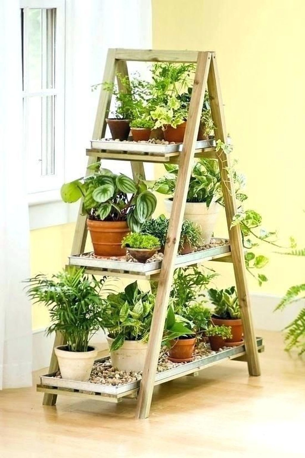 Popular Indoor Plant Stands Ideas For Fresh Home Inspiration 44