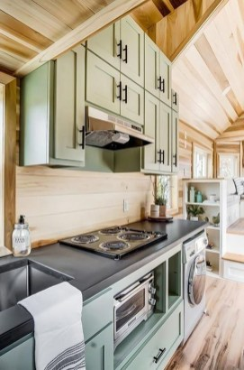 Wonderful Kitchen Cabinets Ideas For Your Tiny House 07