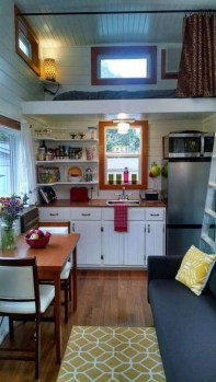 Wonderful Kitchen Cabinets Ideas For Your Tiny House 23