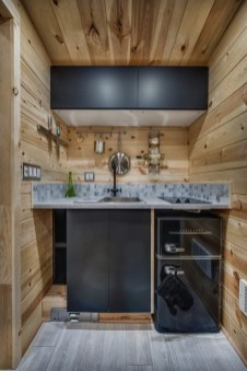 Wonderful Kitchen Cabinets Ideas For Your Tiny House 29