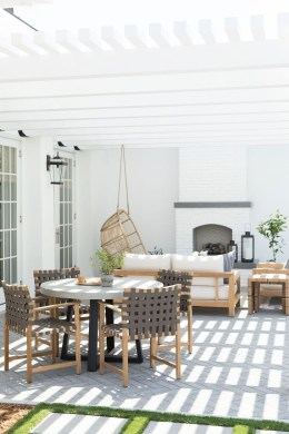Amazing Design Ideas To Beautify Your Backyard 27