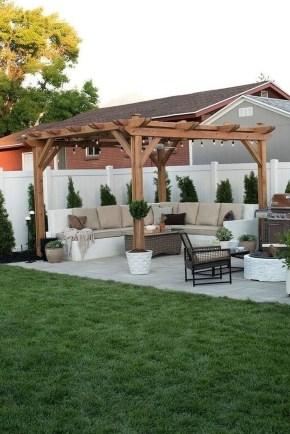 Amazing Design Ideas To Beautify Your Backyard 36
