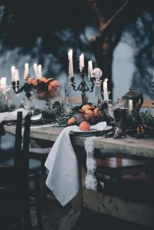 Astonishing Halloween Table Decoration That Perfect For This Year 39