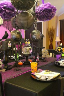 Astonishing Halloween Table Decoration That Perfect For This Year 42