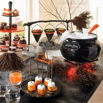 Astonishing Halloween Table Decoration That Perfect For This Year 46
