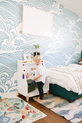 Awesome Child's Room Ideas With Wall Decoration 07
