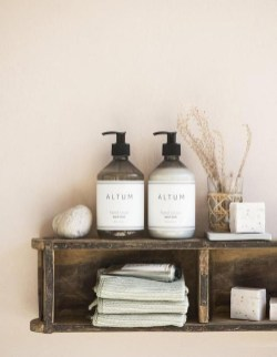 Inspiring Bathroom Decoration Ideas With Wooden Storage 48