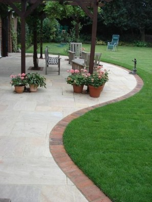 Marvelous Garden Border Ideas To Dress Up Your Landscape Edging 09