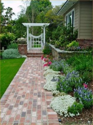 Marvelous Garden Border Ideas To Dress Up Your Landscape Edging 28