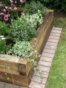 Marvelous Garden Border Ideas To Dress Up Your Landscape Edging 29