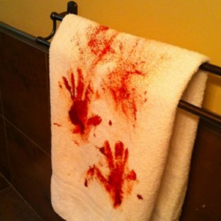 Scary Halloween Decorating Ideas For Your Bathroom 03