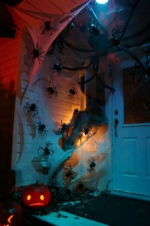 Spooktacular Halloween Outdoor Decoration To Terrify People 02