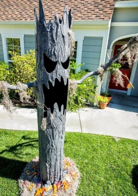 Spooktacular Halloween Outdoor Decoration To Terrify People 41