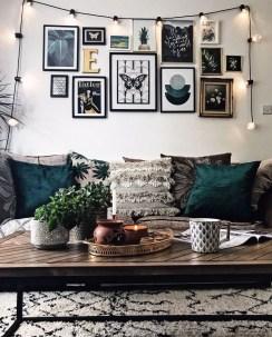 Trendy Living Room Wall Gallery Design Ideas 14