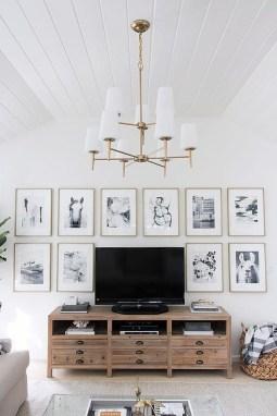Trendy Living Room Wall Gallery Design Ideas 42