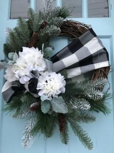 Beautiful DIY Winter Wreath To Place It On Your Door 12
